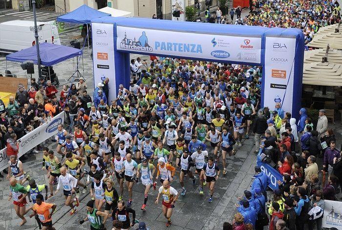 Calendario Mezze Maratone 2020 Italia.Mezza Maratona Del Marchesato 2019 Si Corre Il 17 Marzo A