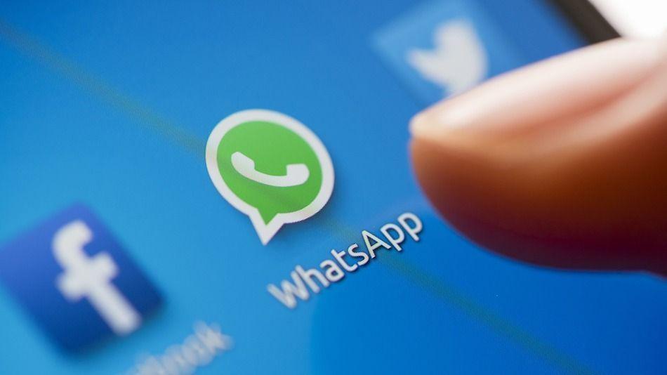 WhatsApp, Instagram e Facebook down in Italia