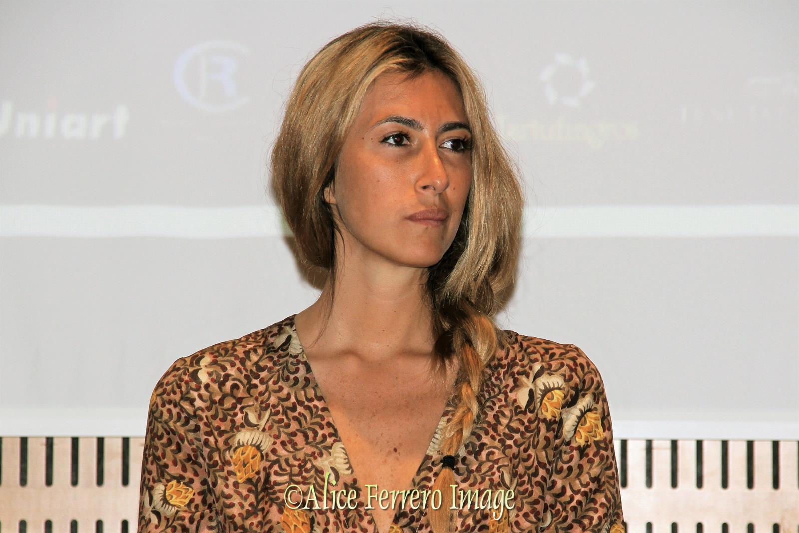 Vinum: la giornalista Annalisa Chirico protagonista dei ...