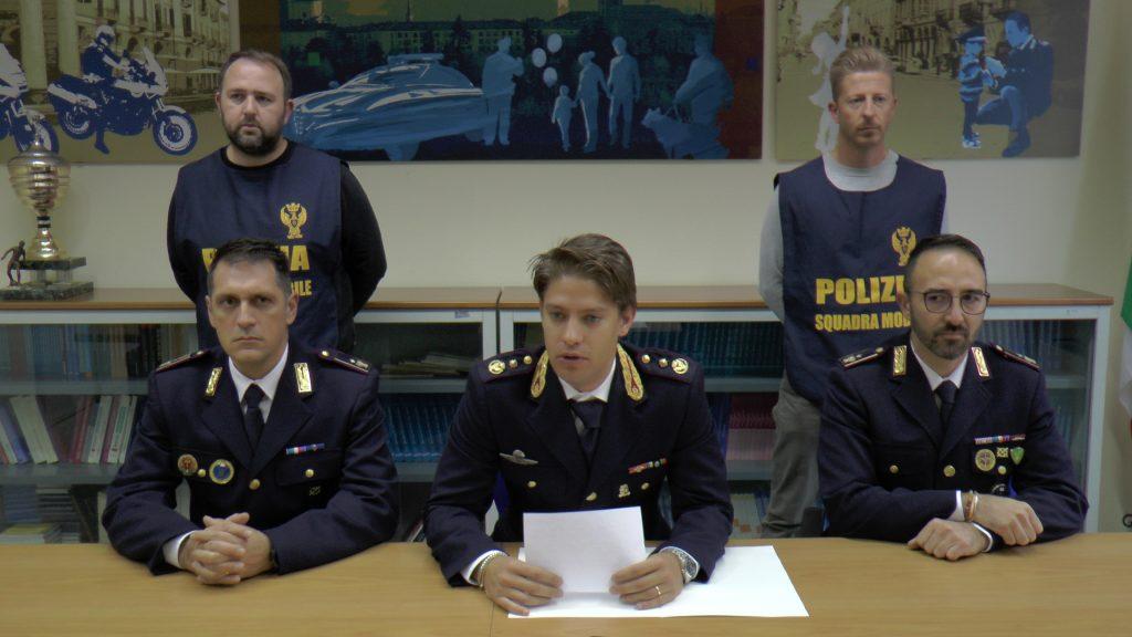 Cuneo picchiato e derubato dopo una serata di festa 3 for Arredamenti cuneo e provincia