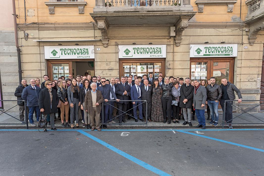 Ad Alba inaugurata l'agenzia Langhe Immobili per l'Impresa - IdeaWebTv