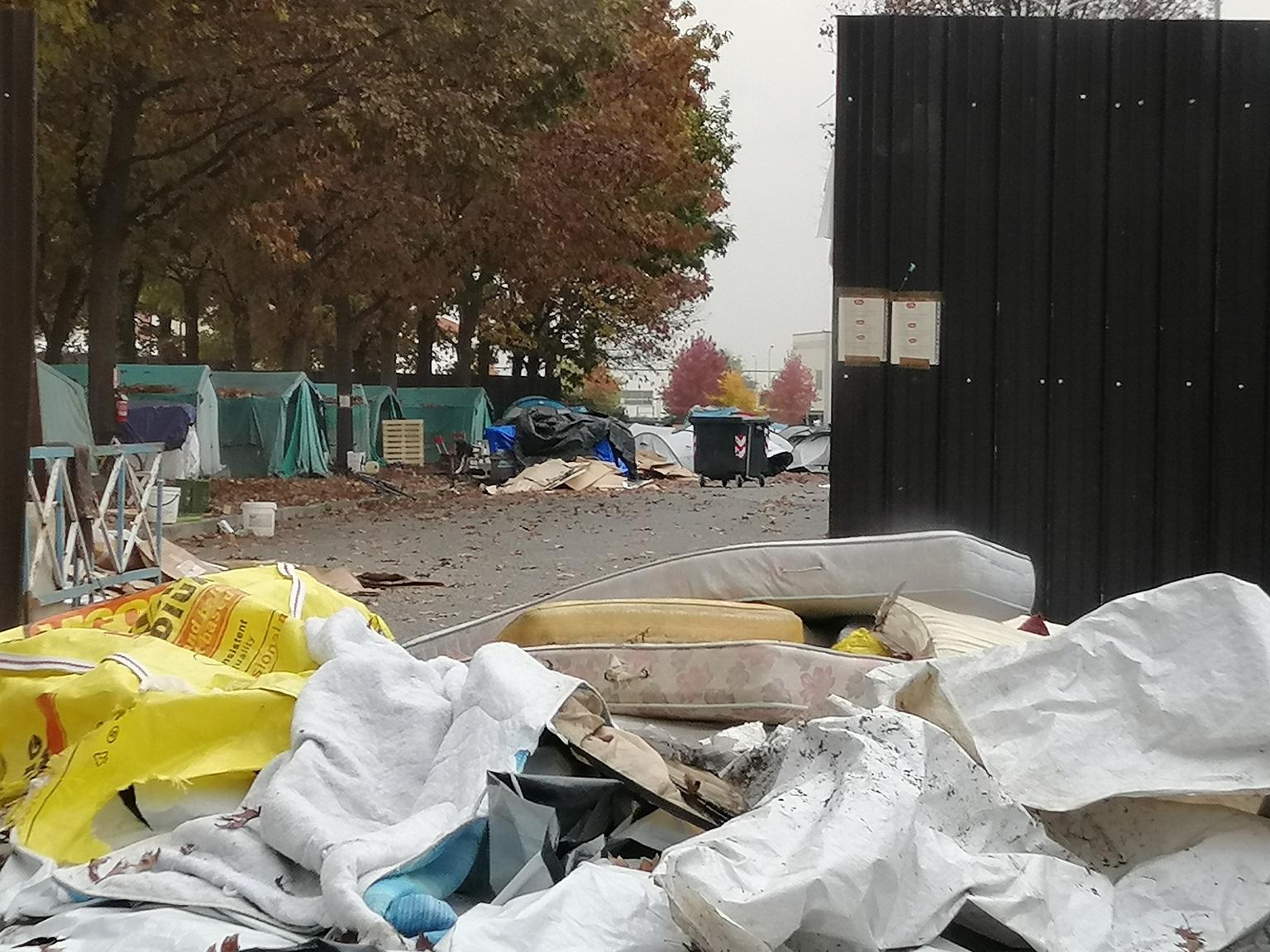 Saluzzo, in via di sgombero l'area allestita per i migranti stagionali (FOTO) - IdeaWebTv