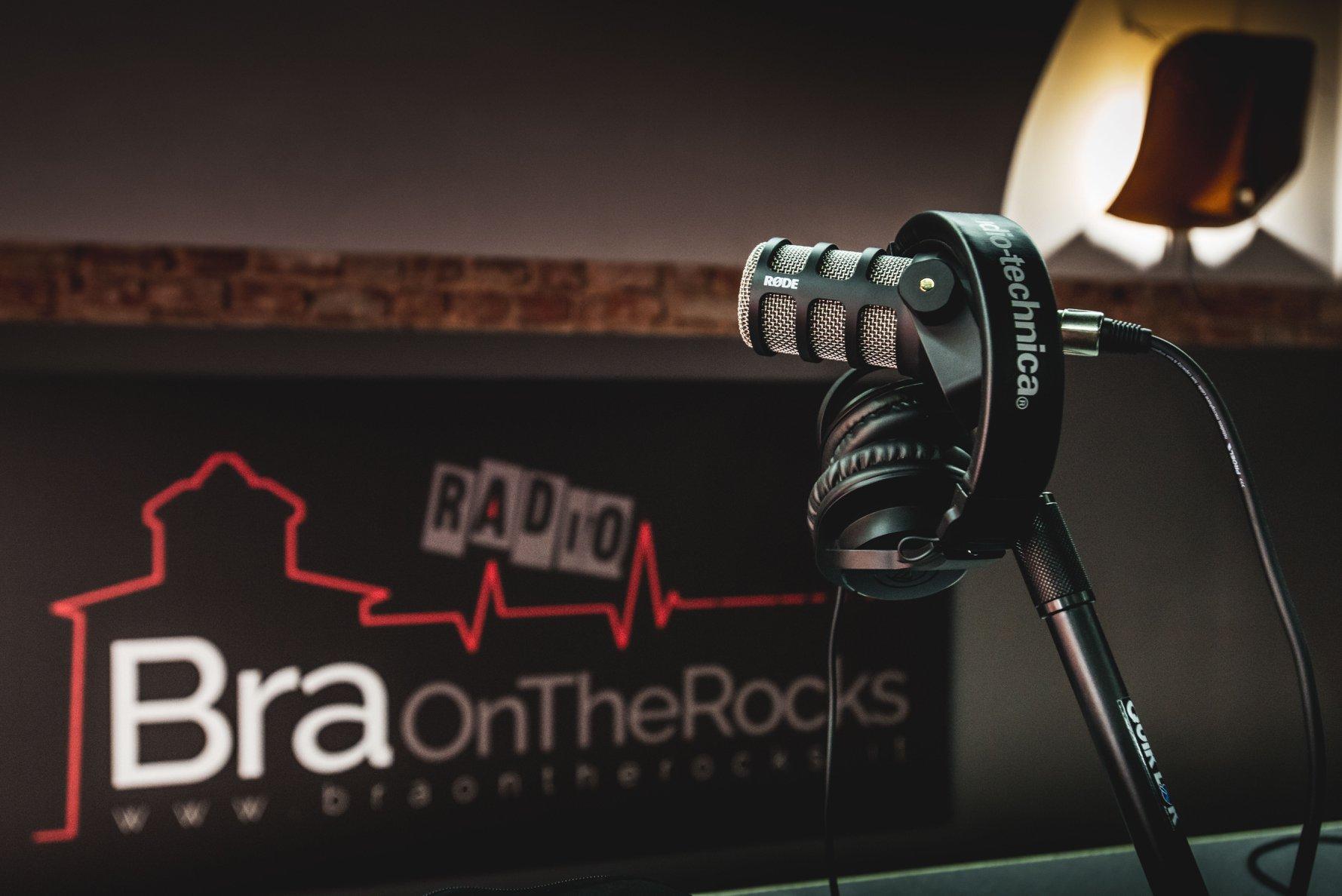Bra on the school: studenti braidesi alla scoperta del mondo radiofonico - IdeaWebTv