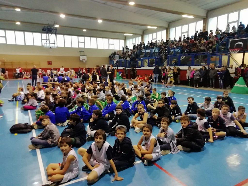 """Farigliano: quasi 600 persone al 5° Torneo """"Dellaferrera"""" di basket - IdeaWebTv"""